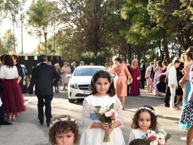 La boda de Jose y Beatriz en Mas De Las Matas, Teruel 60