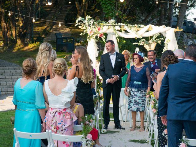 La boda de Rubén y Mireia en Isla, Cantabria 57