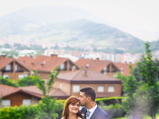 La boda de Alberto y Beatriz en Gorraiz, Navarra 42