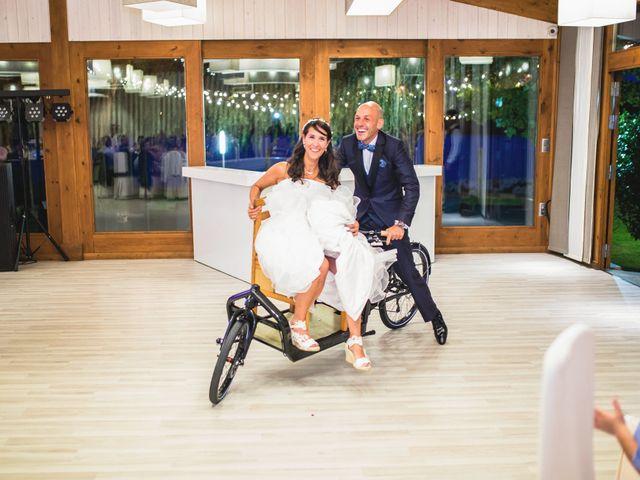 La boda de David y Almudena en Abegondo, A Coruña 20