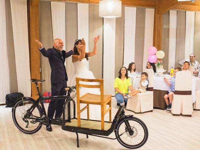 La boda de David y Almudena en Abegondo, A Coruña 21