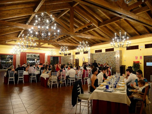 La boda de Raffaele y Diana en El Tiemblo, Ávila 82