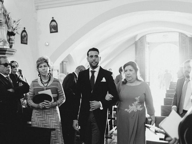 La boda de Juanma y Elena en Mérida, Badajoz 17