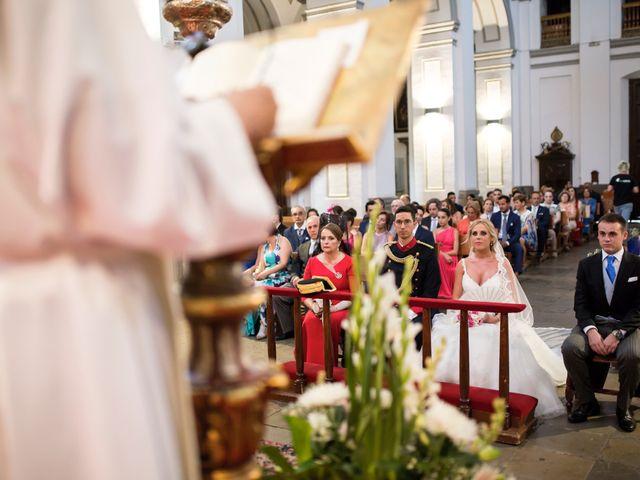 La boda de Saúl y Encarni en Santafe, Granada 39