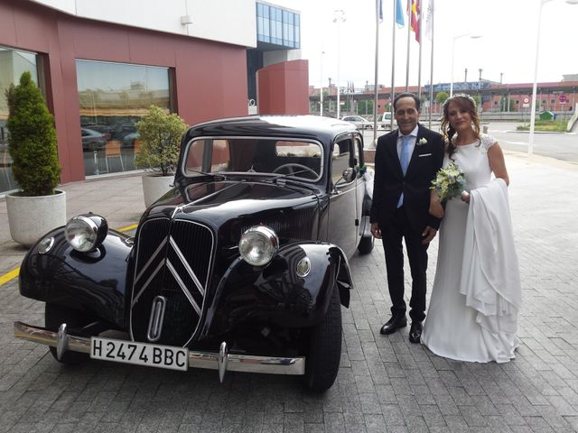 La boda de Javi y Miriam en Gijón, Asturias 5