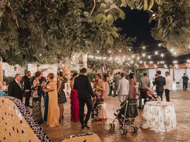 La boda de Cyntrhia y Rafa en Alfafar, Valencia 4