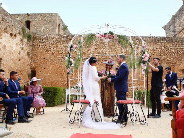 La boda de Andrés  y Isabel en Niebla, Huelva 6
