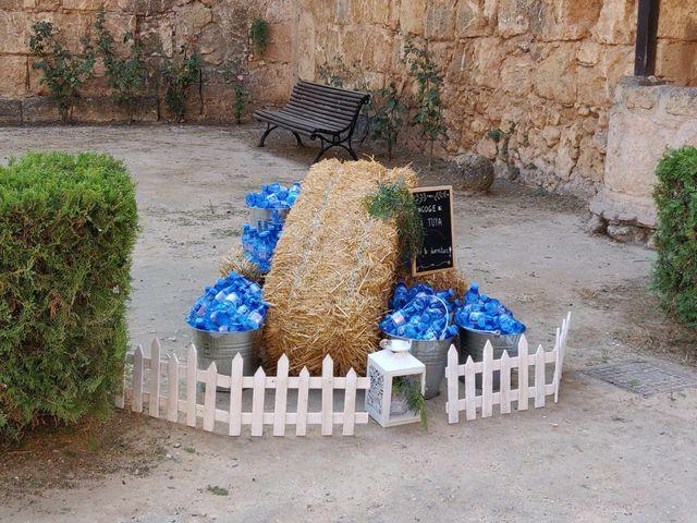 La boda de Andrés  y Isabel en Niebla, Huelva 12