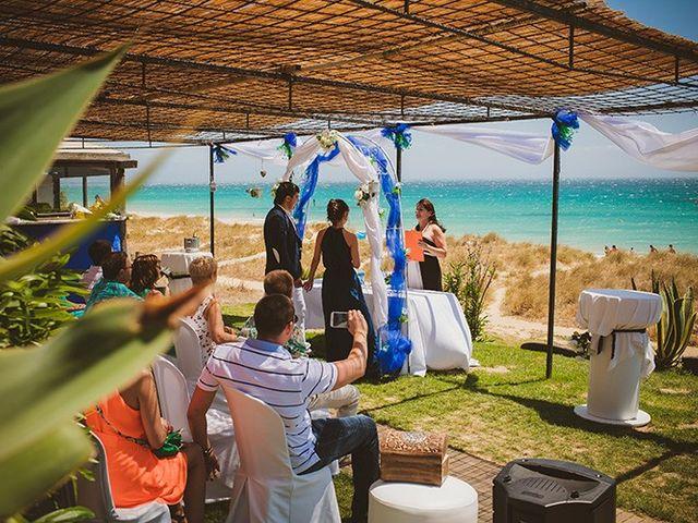 La boda de Vitaliy y Eugenia en Tarifa, Cádiz 14