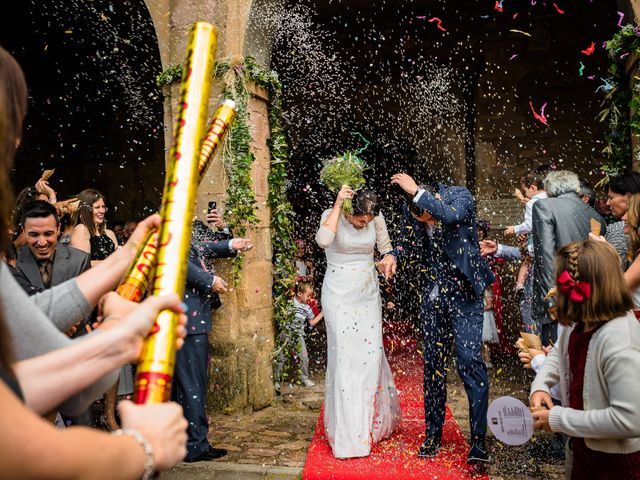La boda de Gustavo y Laura en Castejon, Navarra 21