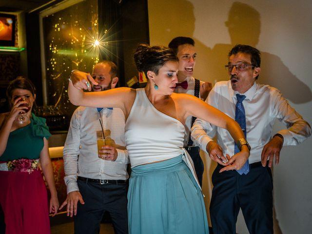 La boda de Gustavo y Laura en Castejon, Navarra 32