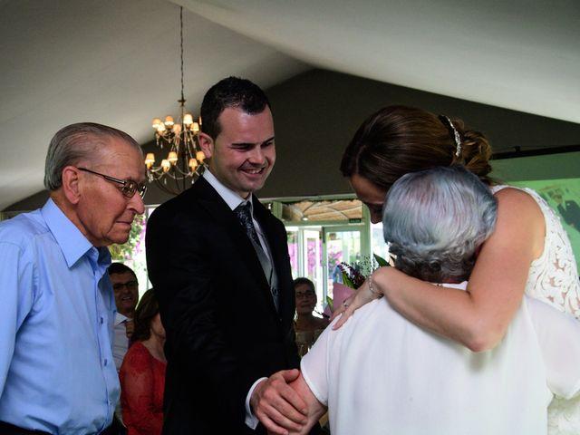 La boda de Daniel y Beatriz en Burriana, Castellón 32