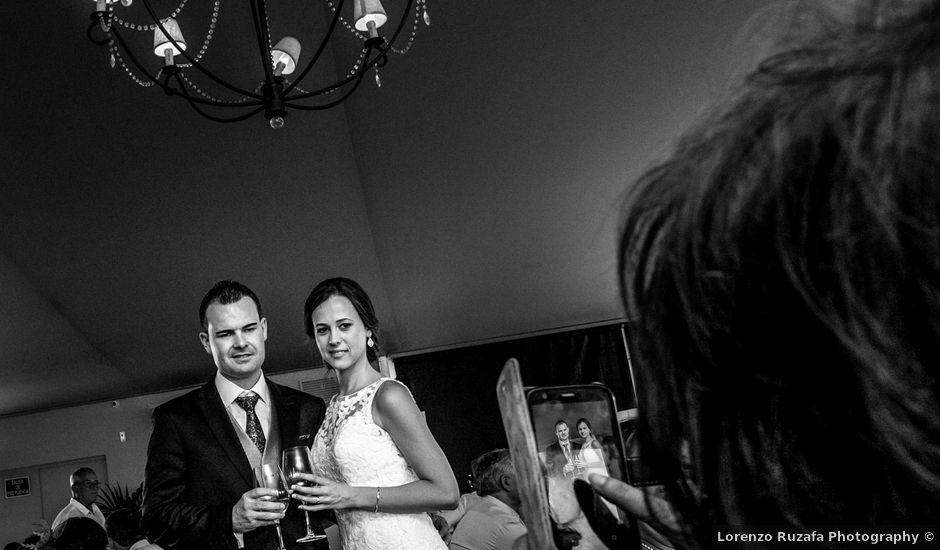 La boda de Daniel y Beatriz en Burriana, Castellón