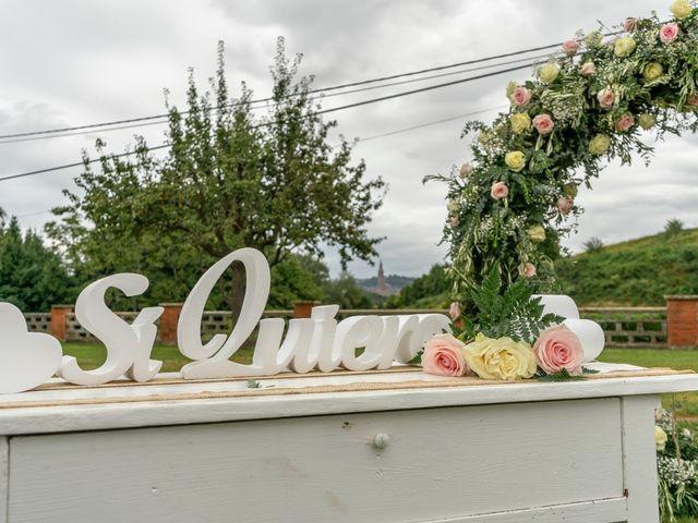 La boda de Juan y Virginia en Gijón, Asturias 11