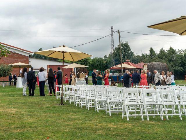La boda de Juan y Virginia en Gijón, Asturias 21