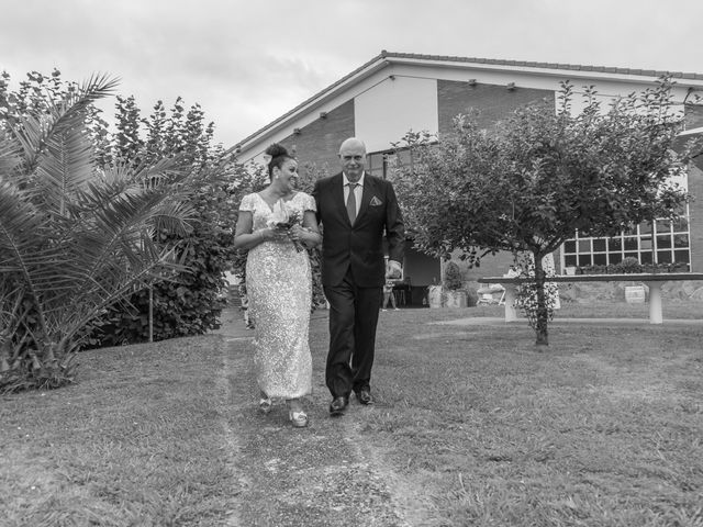 La boda de Juan y Virginia en Gijón, Asturias 39
