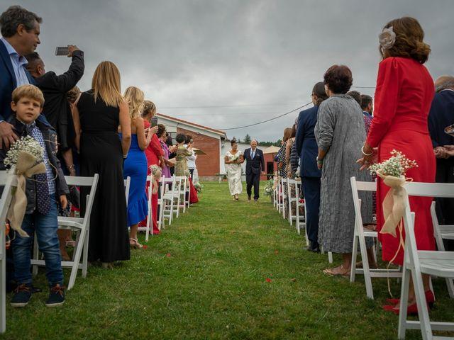 La boda de Juan y Virginia en Gijón, Asturias 41