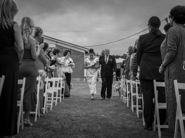 La boda de Juan y Virginia en Gijón, Asturias 42