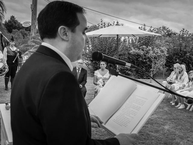 La boda de Juan y Virginia en Gijón, Asturias 50