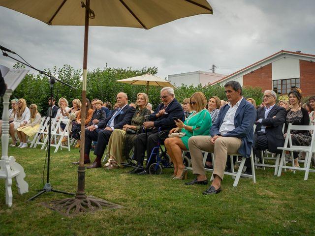 La boda de Juan y Virginia en Gijón, Asturias 53