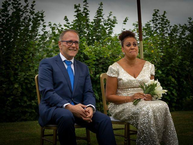 La boda de Juan y Virginia en Gijón, Asturias 61