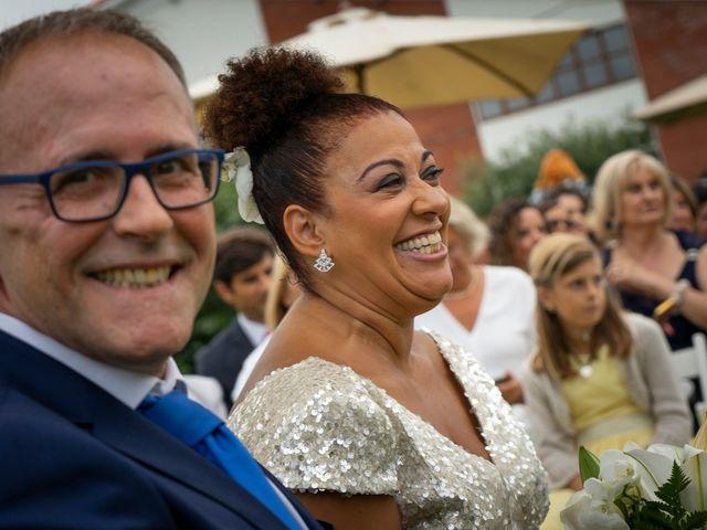 La boda de Juan y Virginia en Gijón, Asturias 75