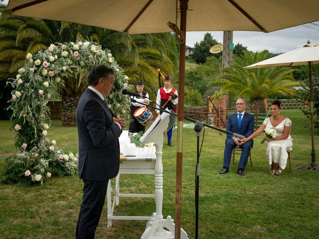 La boda de Juan y Virginia en Gijón, Asturias 80