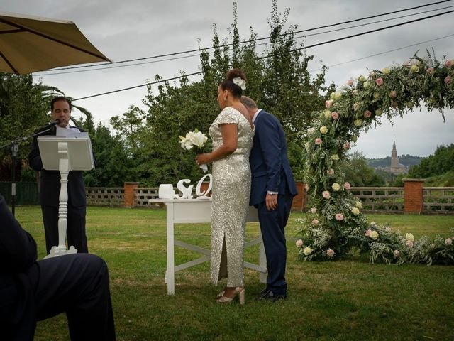 La boda de Juan y Virginia en Gijón, Asturias 85
