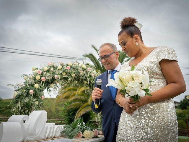 La boda de Juan y Virginia en Gijón, Asturias 88