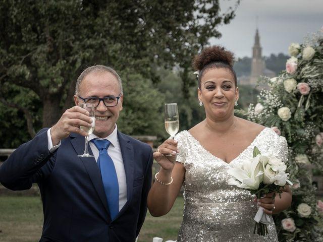 La boda de Juan y Virginia en Gijón, Asturias 111