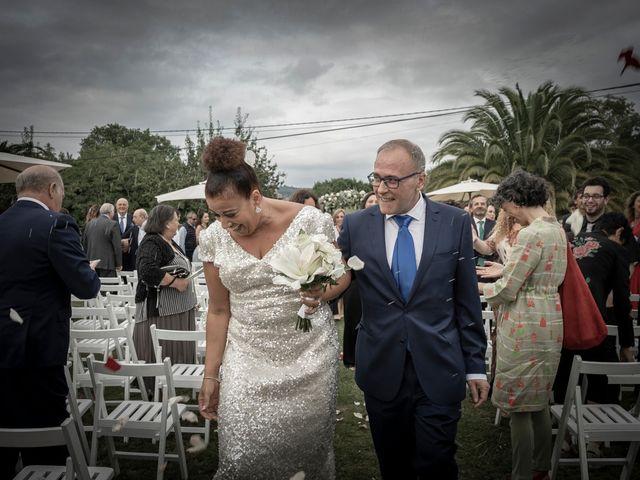 La boda de Juan y Virginia en Gijón, Asturias 121