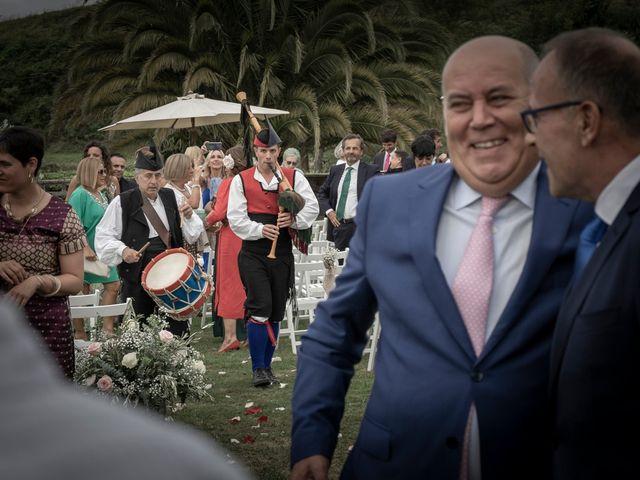 La boda de Juan y Virginia en Gijón, Asturias 126