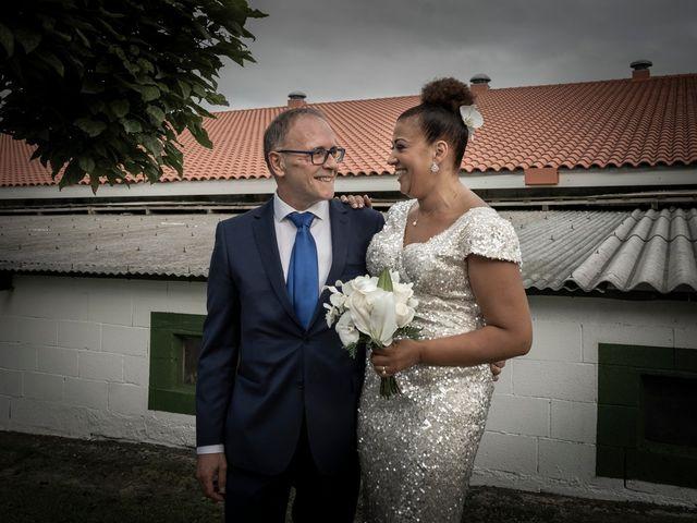 La boda de Juan y Virginia en Gijón, Asturias 134