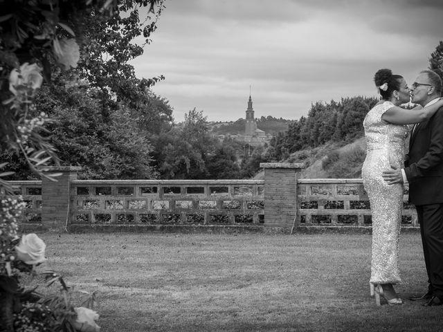 La boda de Juan y Virginia en Gijón, Asturias 142