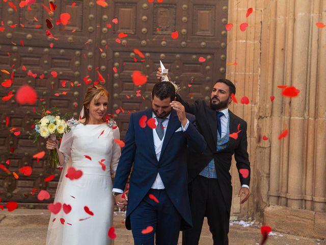 La boda de Manu y María en Siguenza, Guadalajara 23