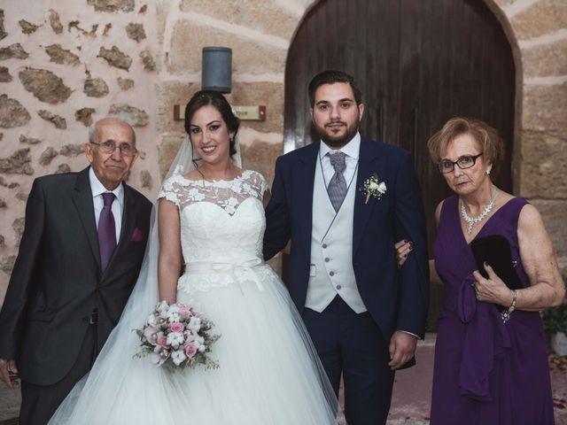 La boda de Joaquín y Esther en Santa Pola, Alicante 89