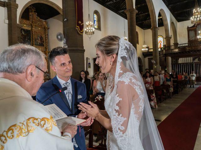 La boda de Angel y Beatriz en Puerto De La Cruz, Santa Cruz de Tenerife 12