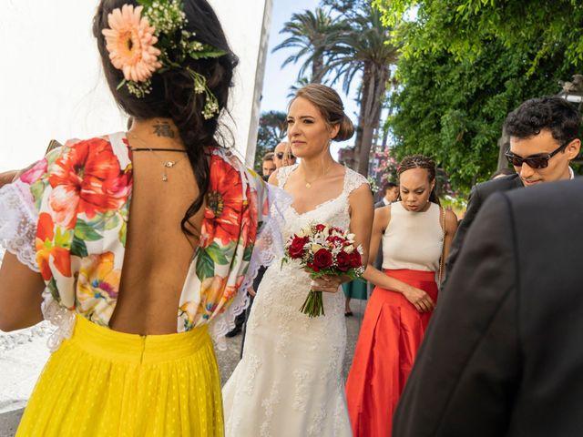 La boda de Angel y Beatriz en Puerto De La Cruz, Santa Cruz de Tenerife 15