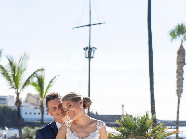 La boda de Angel y Beatriz en Puerto De La Cruz, Santa Cruz de Tenerife 1