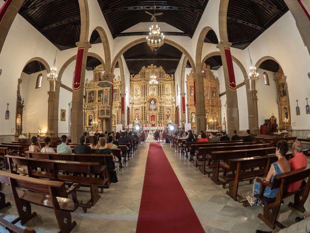 La boda de Angel y Beatriz en Puerto De La Cruz, Santa Cruz de Tenerife 27