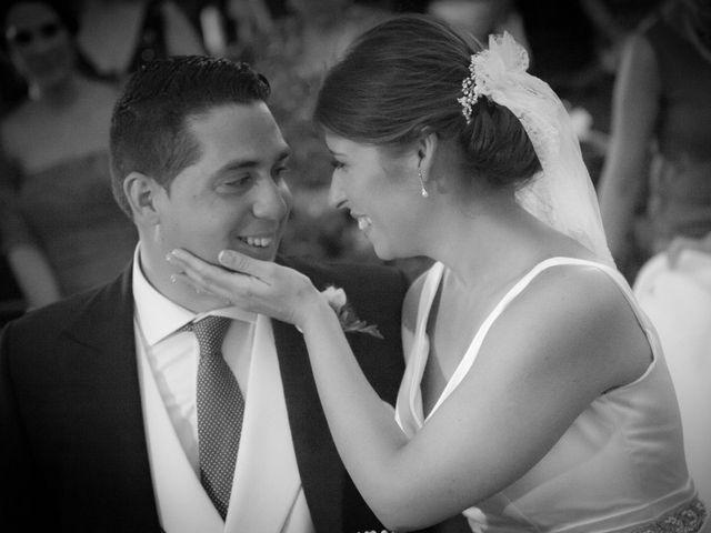 La boda de Martín y Macarena en Algeciras, Cádiz 27
