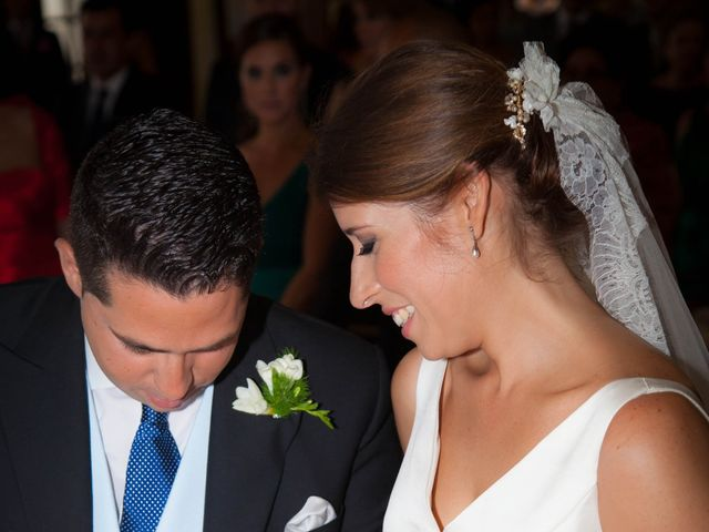 La boda de Martín y Macarena en Algeciras, Cádiz 30