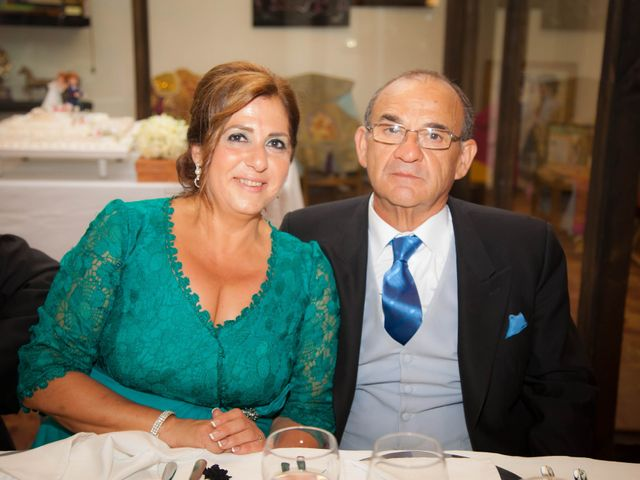 La boda de Martín y Macarena en Algeciras, Cádiz 61