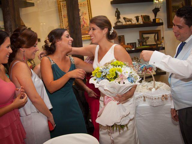 La boda de Martín y Macarena en Algeciras, Cádiz 71