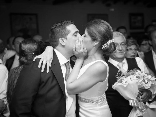La boda de Martín y Macarena en Algeciras, Cádiz 84