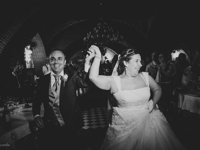 La boda de Roberto y Amparo  en Ciudad Rodrigo, Salamanca 42