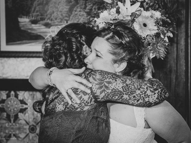 La boda de Roberto y Amparo  en Ciudad Rodrigo, Salamanca 49