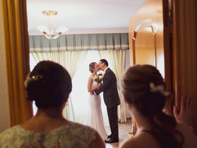 La boda de Lourdes y Yassin en Alhaurin De La Torre, Málaga 18