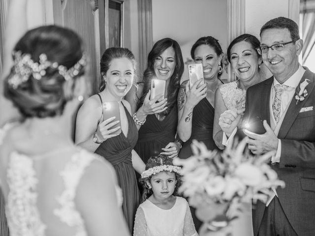 La boda de Lourdes y Yassin en Alhaurin De La Torre, Málaga 19