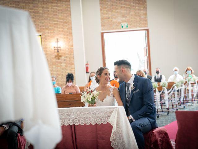La boda de Lourdes y Yassin en Alhaurin De La Torre, Málaga 25